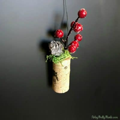 Tutorial for planter ornament with red berries