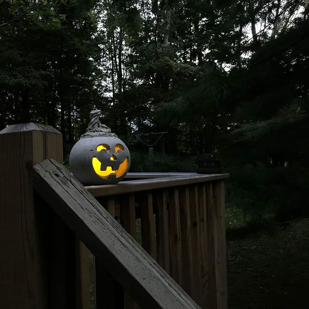 DIY Halloween cement Jack O Lantern