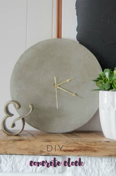 Clock made of concrete as a a handmade gift idea-