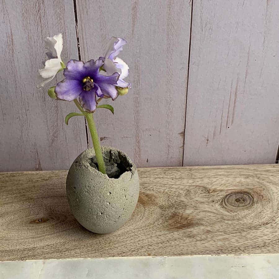 Cement-Easter-Egg-Planter
