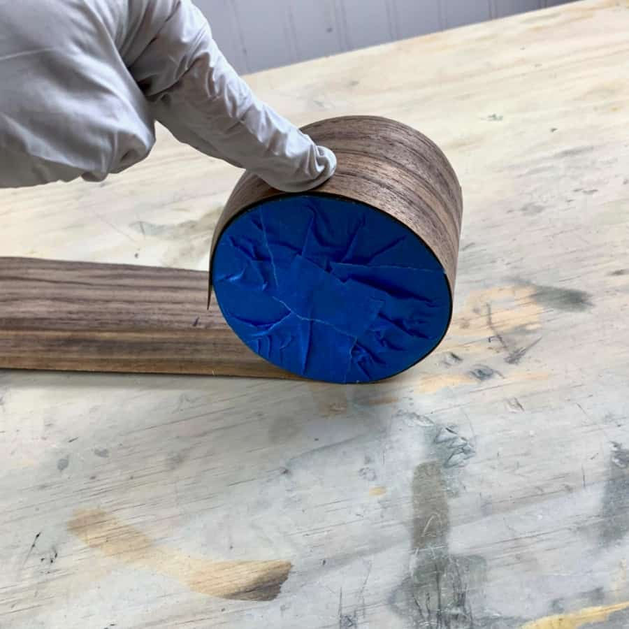 roll the veneer for key holder