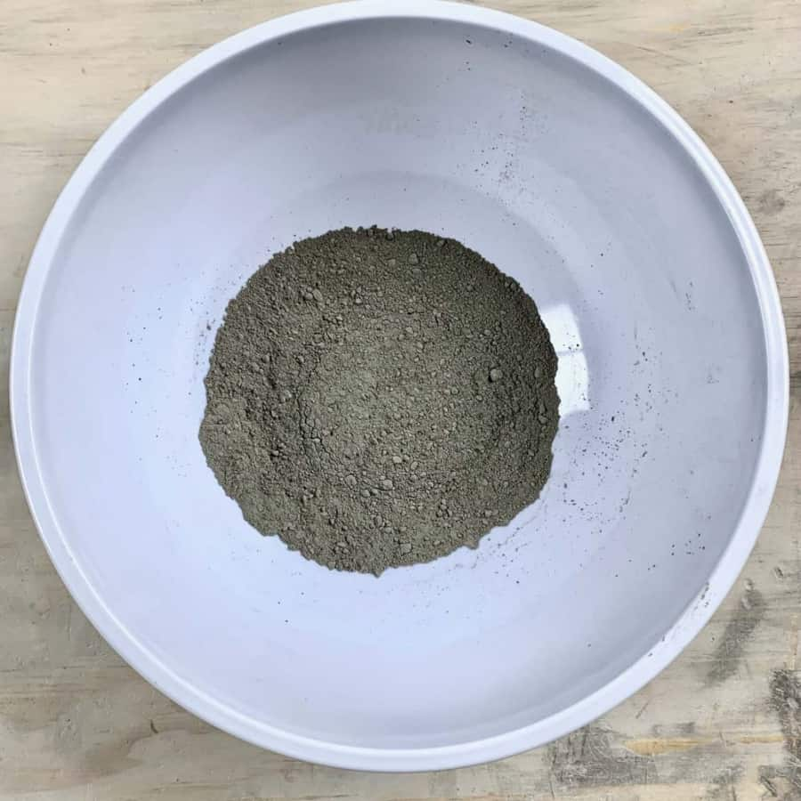 portland cement in bowl