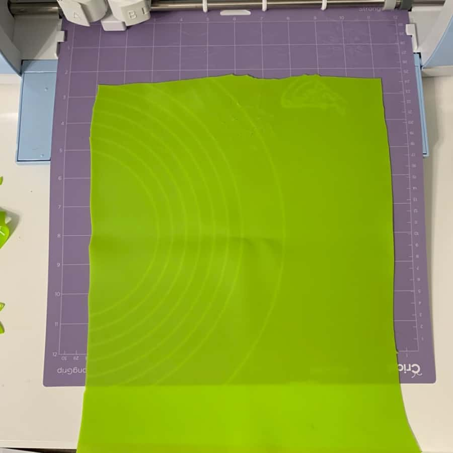 silicone on Cricut loading mat for relief cutout
