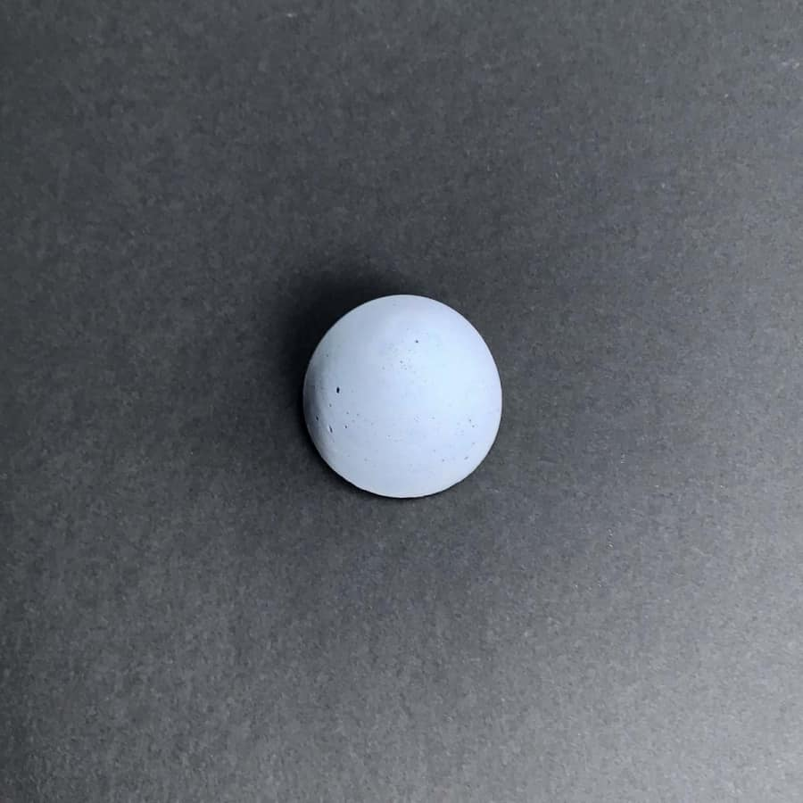 light blue acrylic paint for coloring concrete crafts