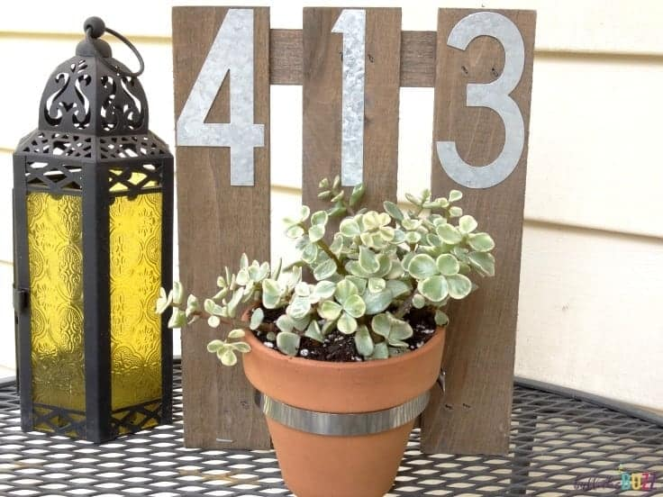 DIY-House-Number-Wall-Planter-on-table