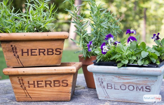 21 Easy DIY Planter Projects herb planter boxes