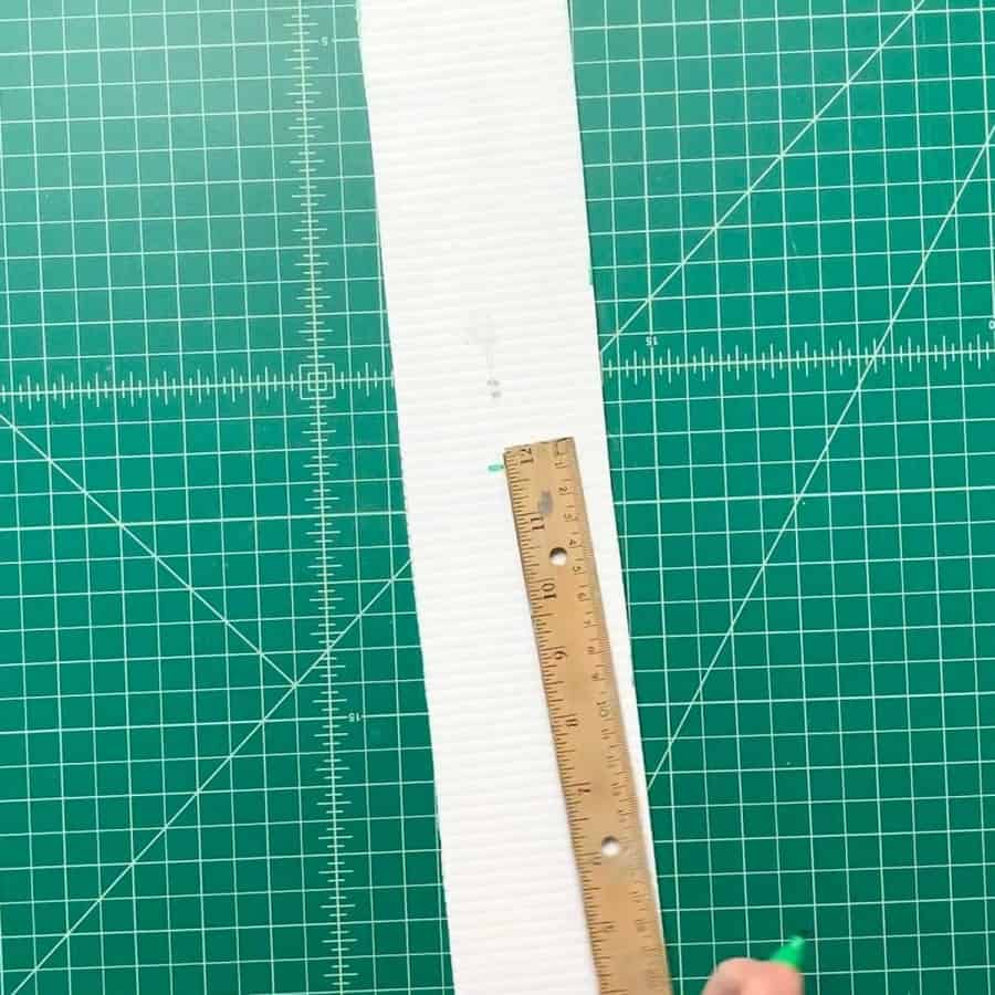 measuring plastic board for triangle planter mold