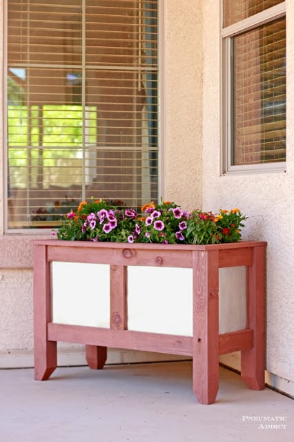 diy-redwood-galvanized-planter-box