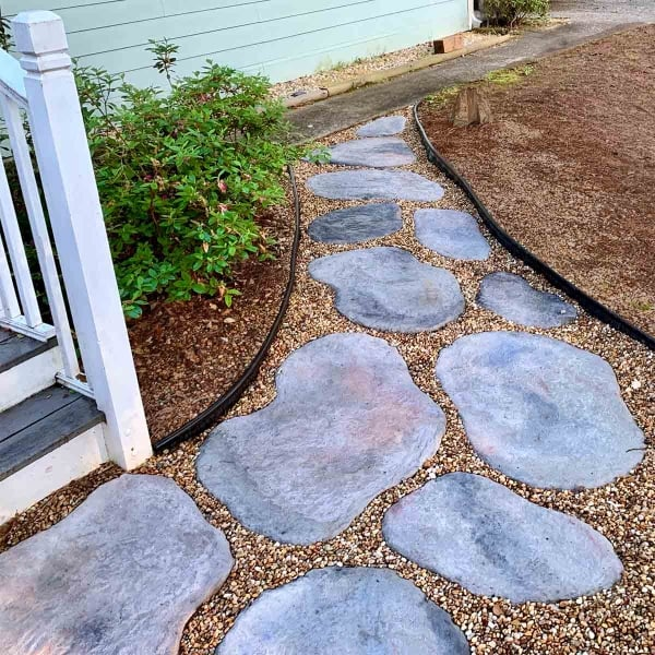 DIY Concrete Stepping Stones Shaped Like Natural Stone