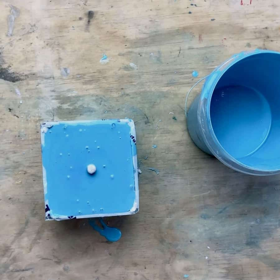 silicone poured in box