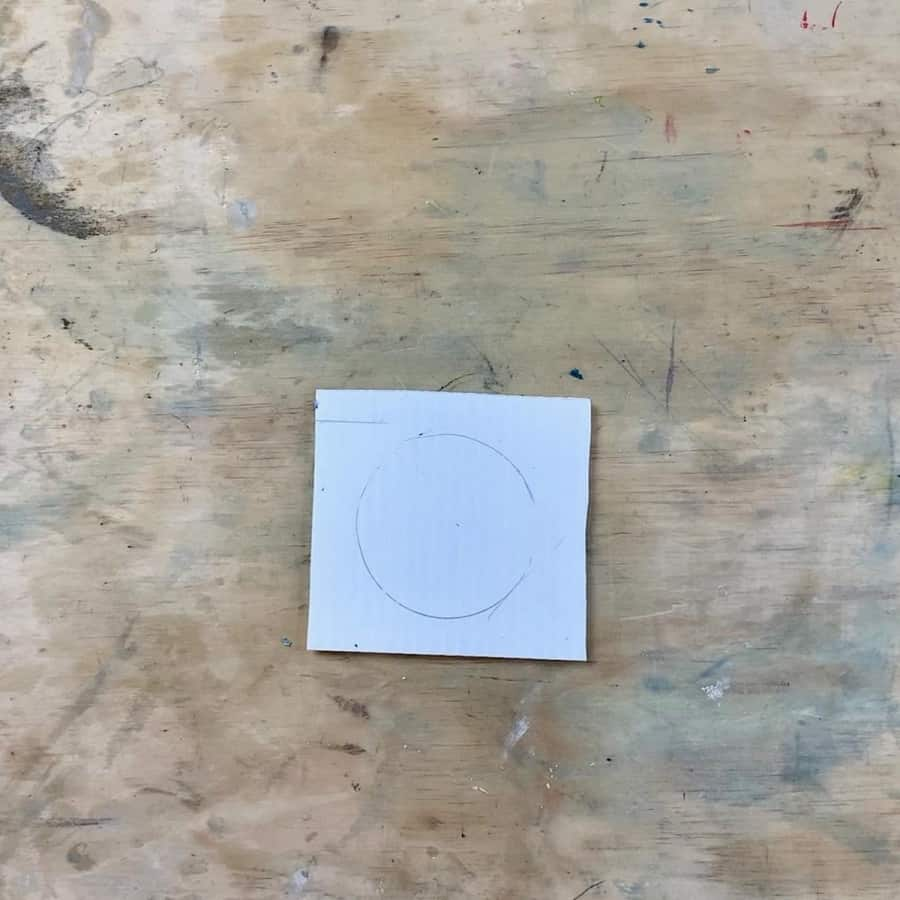 centered circle from textured glass