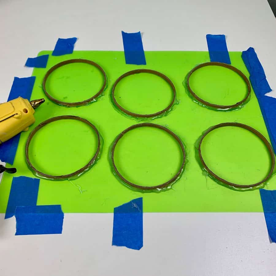 molds of cardboard rings for diy coasters