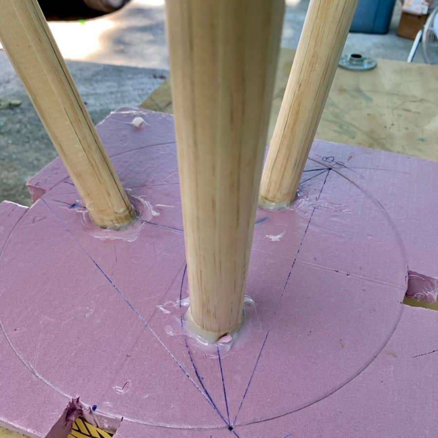 silicone caulk around side table legs in foam