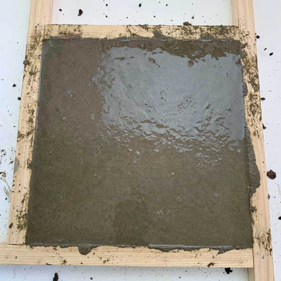 outdoor concrete diy tile casted in frame