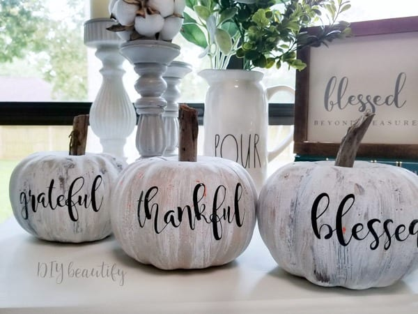 antiqued pumpkin display- with gracious words