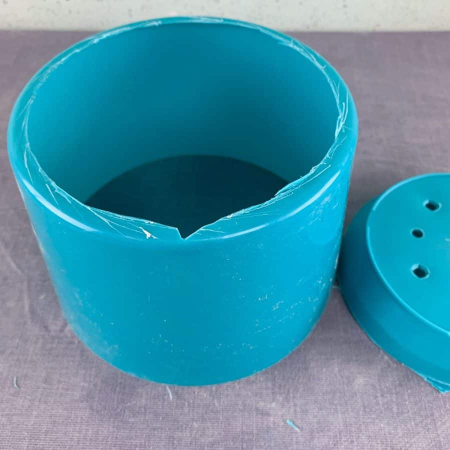plastic pot mold with bottom missing