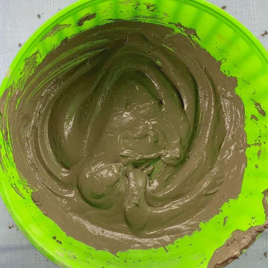 brownie batter mixture in bowl