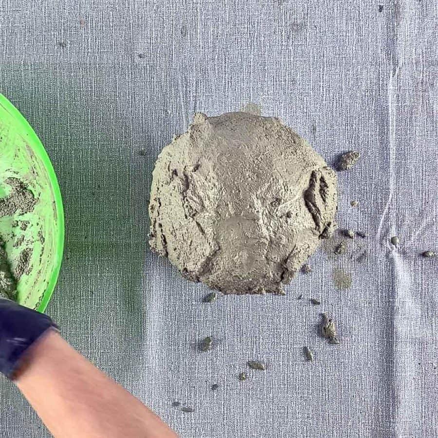 concrete mix covering balloon