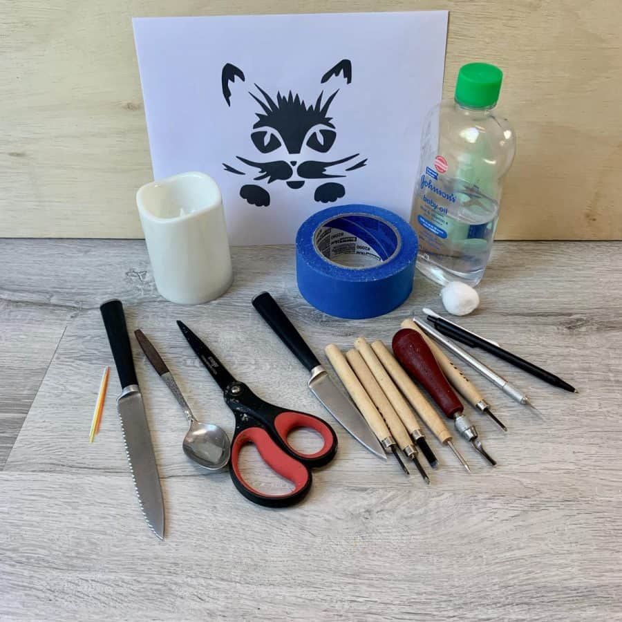 materials for making a cat jack o' lantern